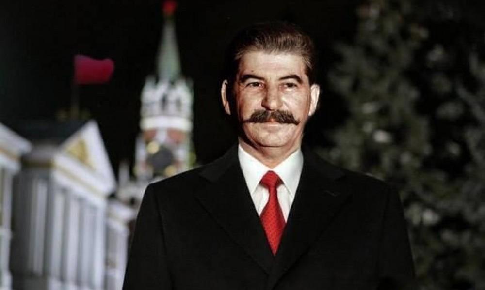 Выбираем Путина, а хотим Сталина.