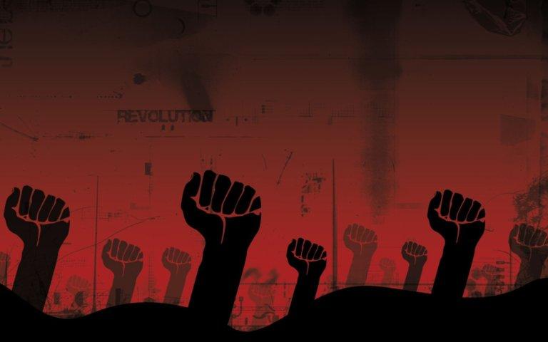 Начать революцию может и дур…
