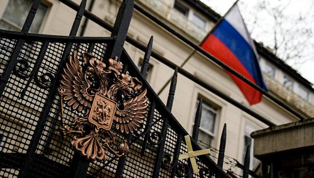 Россия готова ответить Британии на невыдачу виз дипломатам, заявил Косачев\