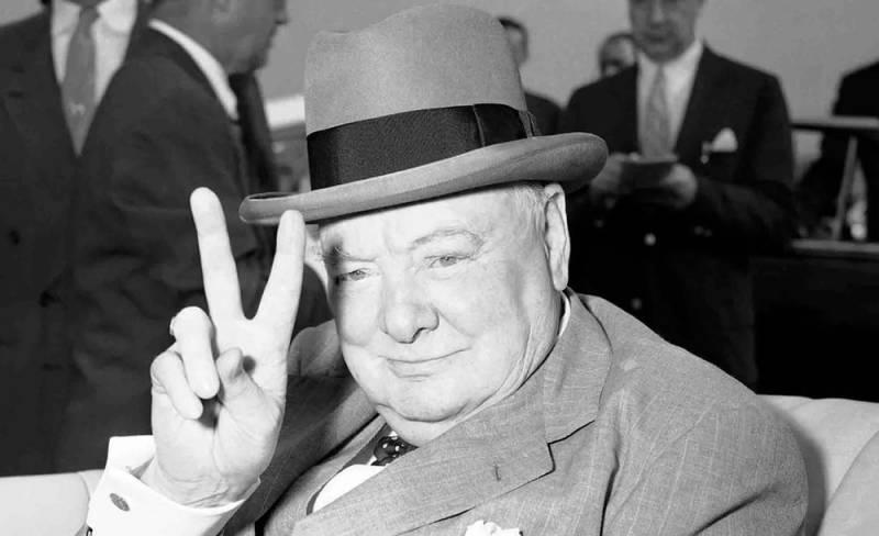 На свалке в Великобритании нашли личные вещи Уинстона Черчилля