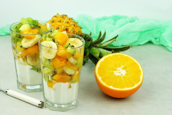 Порционный фруктовый салат