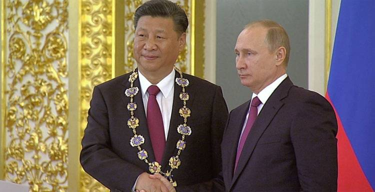 Товарооборот между РФ и КНР …