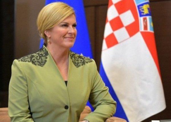 «Спасибо, Россия!»: Президент Хорватии записала обращение перед началом финала ЧМ-2018