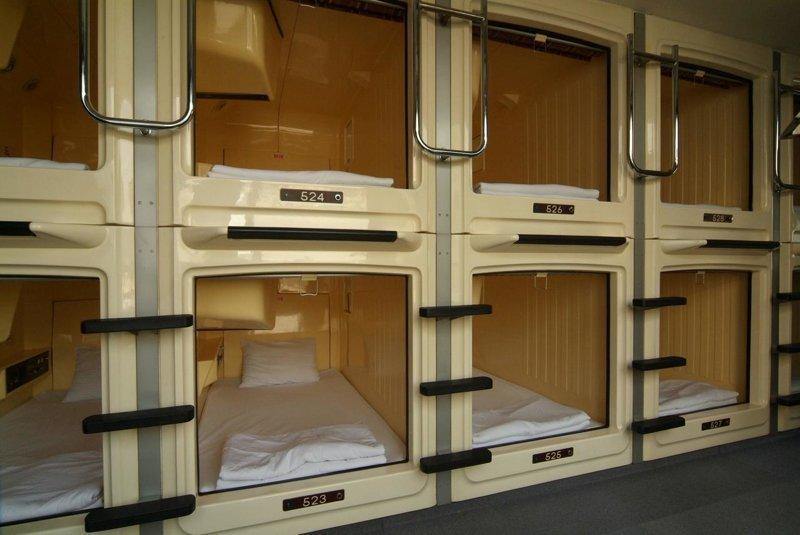 РЖД планирует оснастить плацкартные вагоны капсульными местами