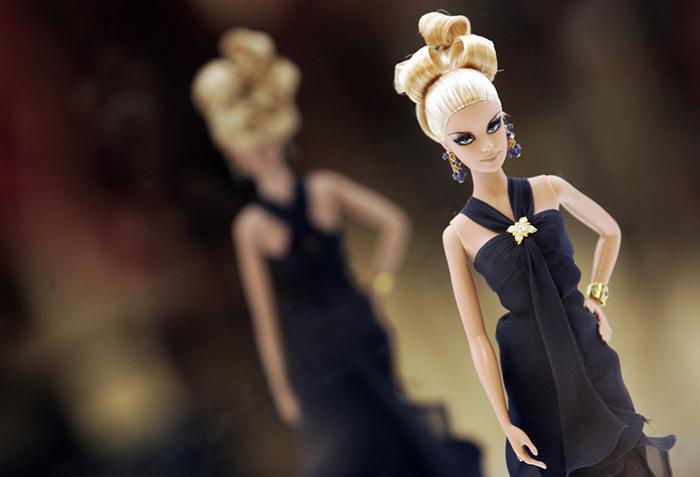 Знаменитая кукла Барби празднует 60-летие