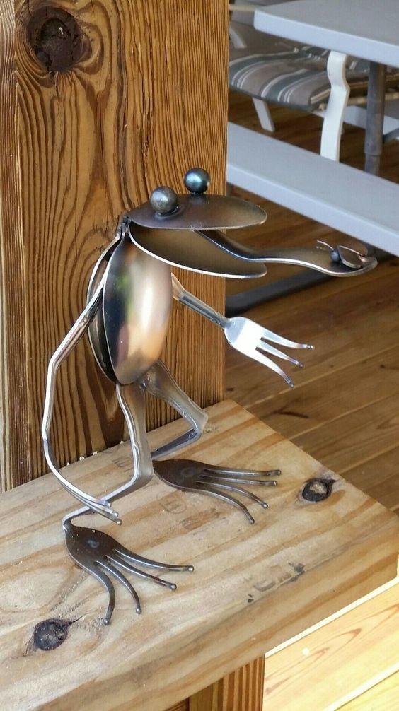 Вы не поверите в эту необычную жизнь обычных столовых приборов!