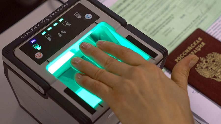 Коллекторы получат доступ к биометрическим данным россиян