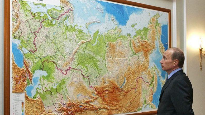 Зачем Кремль сменил половину российских губернаторов