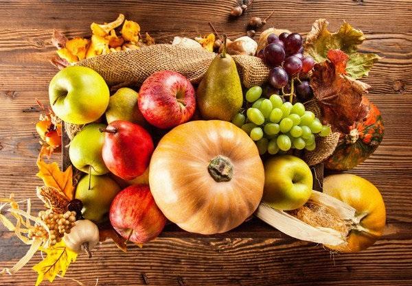 Как питаться осенью: что поменять и добавить в рацион?