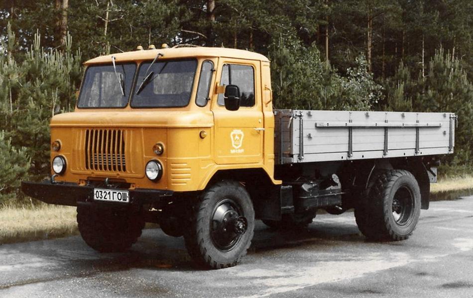 """pspan style=""""color: #000000;""""В результате инженерных экспериментов в июле 1964 года с завода ГАЗ сошел первый серийный 66-ой, наделенный 2-тонной грузоподъемностью и сбалансированным расположением центра тяжести./span/p"""