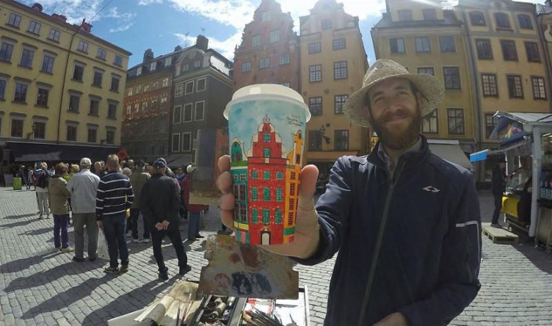 Нет искусства без стакана: путешественник расписывает кофейные стаканчики, зарабатывая на жизнь