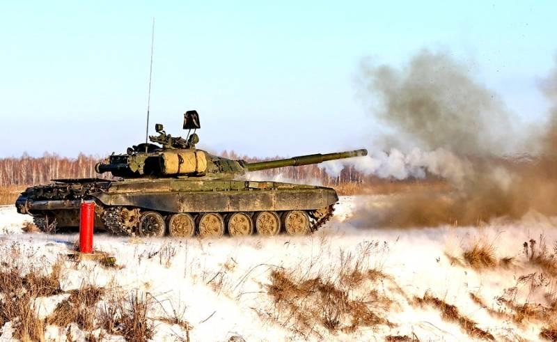 Новую уральскую танковую дивизию проверили на боеготовность