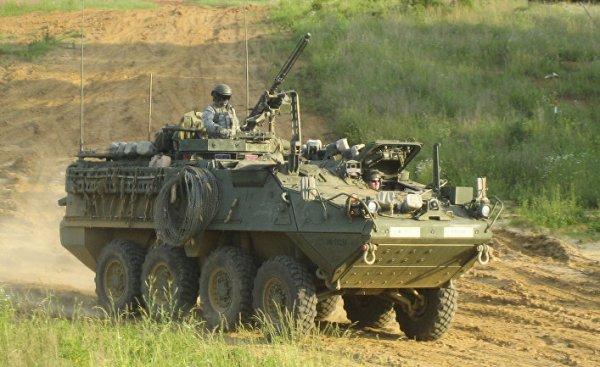 Армия США перевооружает БТРы для столкновения с Россией