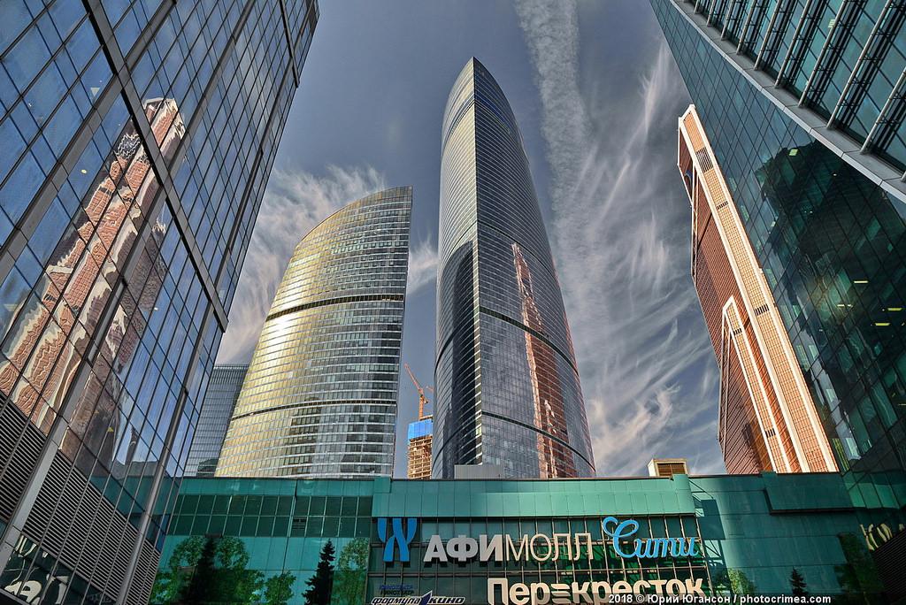 Небоскрёбы Москва-Сити? Это фантастика!