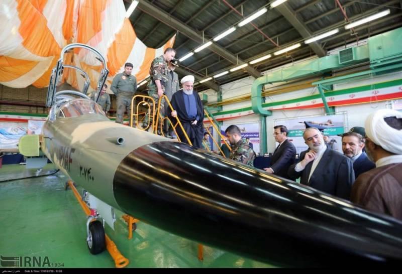 Иран представил собственный истребитель Kowsar