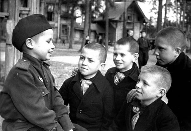 """""""Война и дети"""". Фронтовой оч…"""