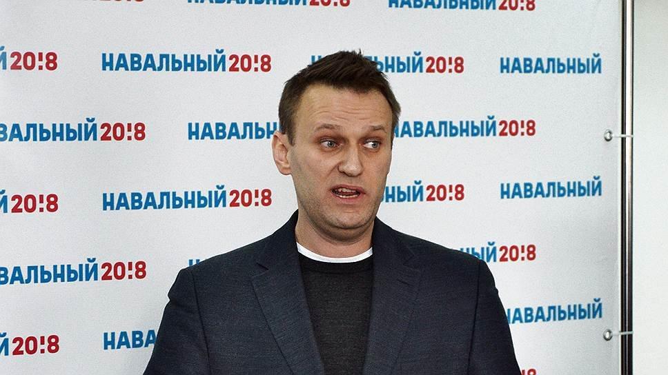 """Навальный - это """"пустой барабан"""", похожий на Ельцина"""