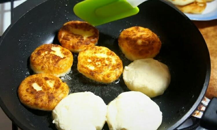 Вкуснейшие сырники с картофелем