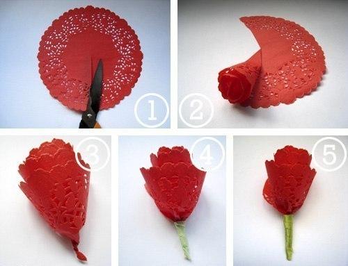 Делаем розу из салфеток