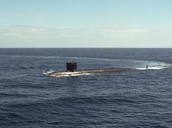 """Подлодка """"Северодвинск"""" провела стрельбу ракетой """"Калибр"""" в Баренцевом море"""
