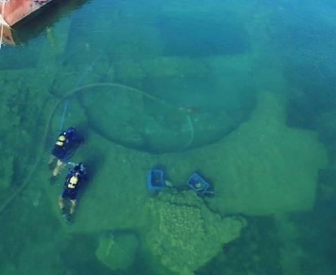 На дне турецкого озера нашли руины христианской церкви