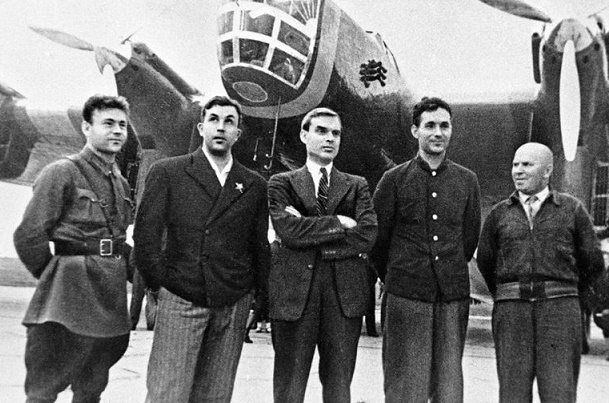 Что произошло с советским летчиком Сигизмундом Леваневским