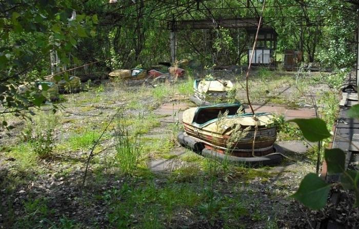 Заброшенный детский парк. /Фото:chernobylguide.com