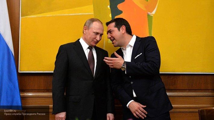 Премьер-министр Греции Ципрас поздравил Путина с победой на выборах президента