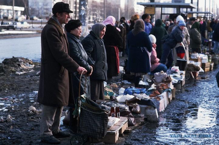 Вера россиян в светлое будущее рухнула до уровней середины 1990х.