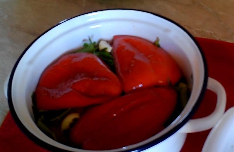 маринованный перец в уксусе