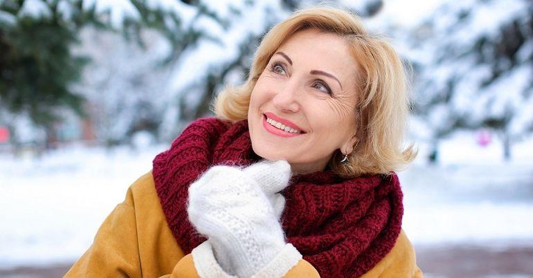 Базовый зимний гардероб для женщины 40+: основные правила и 10 незаменимых вещей