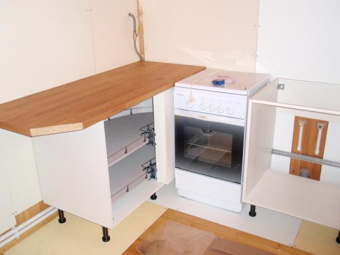 Кухонный шкаф напольный
