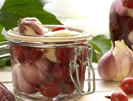 Рецепты приготовления вкусного маринованного чеснока