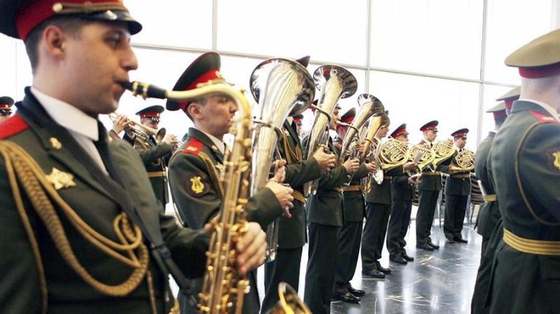 Песни Победы исполнят на трех вокзалах Москвы 9 мая