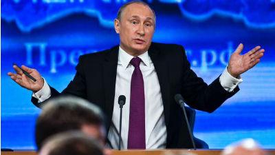 Путин: времена сложные, но я верю в правительство и Центробанк