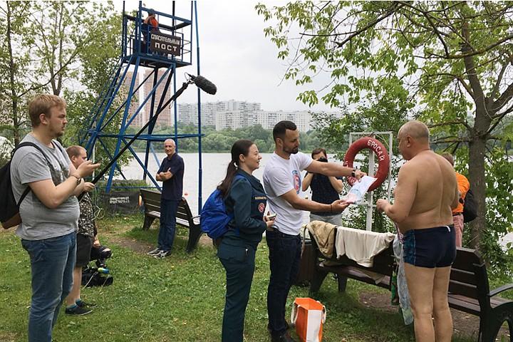 МЧС: В Москва-реке тонут 8-9 человек в день, большинство пьяные