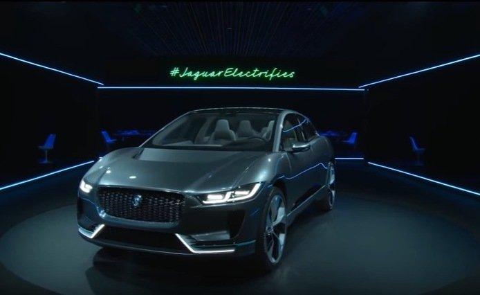 Новые Jaguar Land Rover будут бороться с укачиванием пассажиров