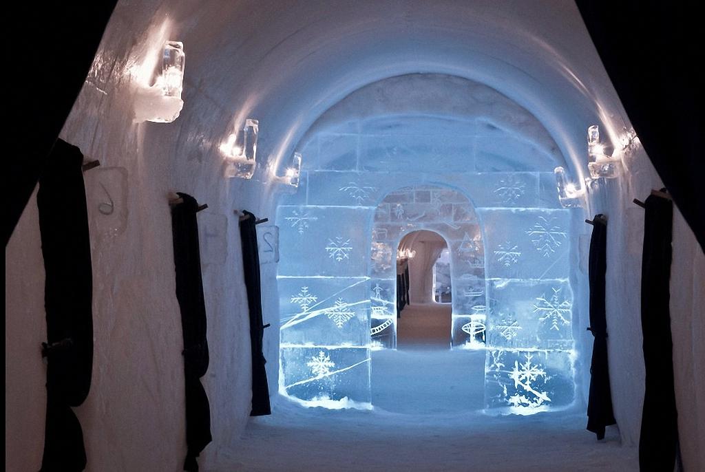 8 самых удивительных ледовых отелей мира-20