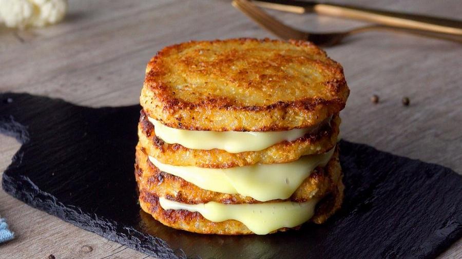 Картинки по запроÑу CÑндвич из цветной капуÑÑ'Ñ‹: легкое, Ñытное и вкуÑное угощение без мÑÑа.