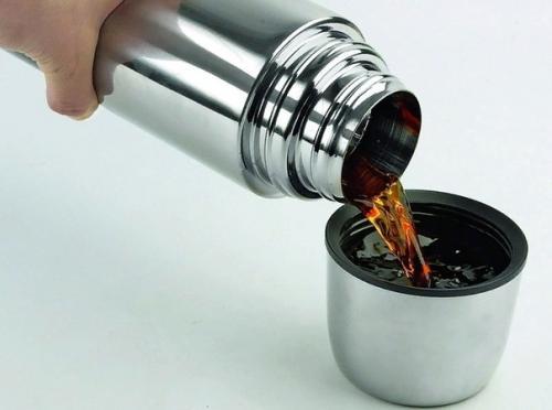 Чай бодрячок. В изначальном рецепте предложено использовать облепиху, а также добавлять яблоки, чабрец и календулу.