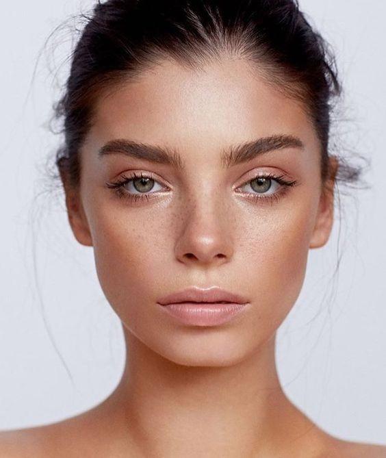 Как правильно подготовить кожу к макияжу: топ-5 важных beauty-правил