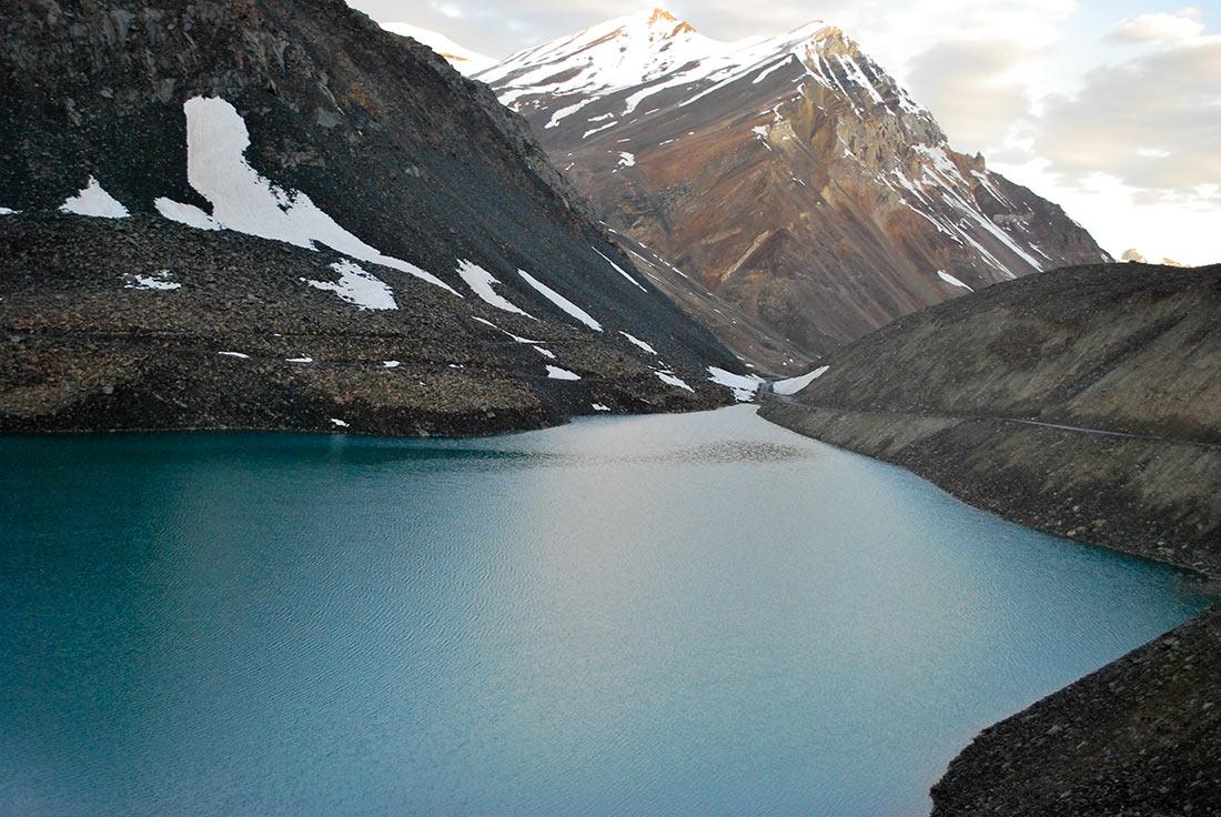 Озера в Гималаях: 10 мест, которые поражают своим неземным великолепием