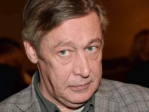 Михаил Ефремов предложил отдать Крымский мост Украине
