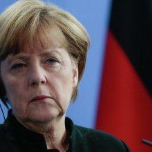 Меркель: Необходимо использовать любую возможность для диалога с Россией