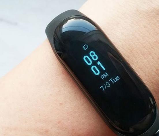 Разработчики Xiaomi наделили браслет Mi Band 3  функцией спортивного режима
