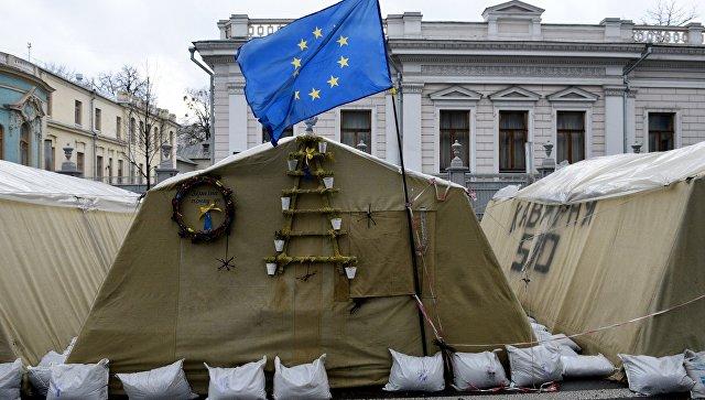Почему Киев пошел на конфликт со своими кураторами на Западе. Зато демократия: в Украине массово стали вырубать леса