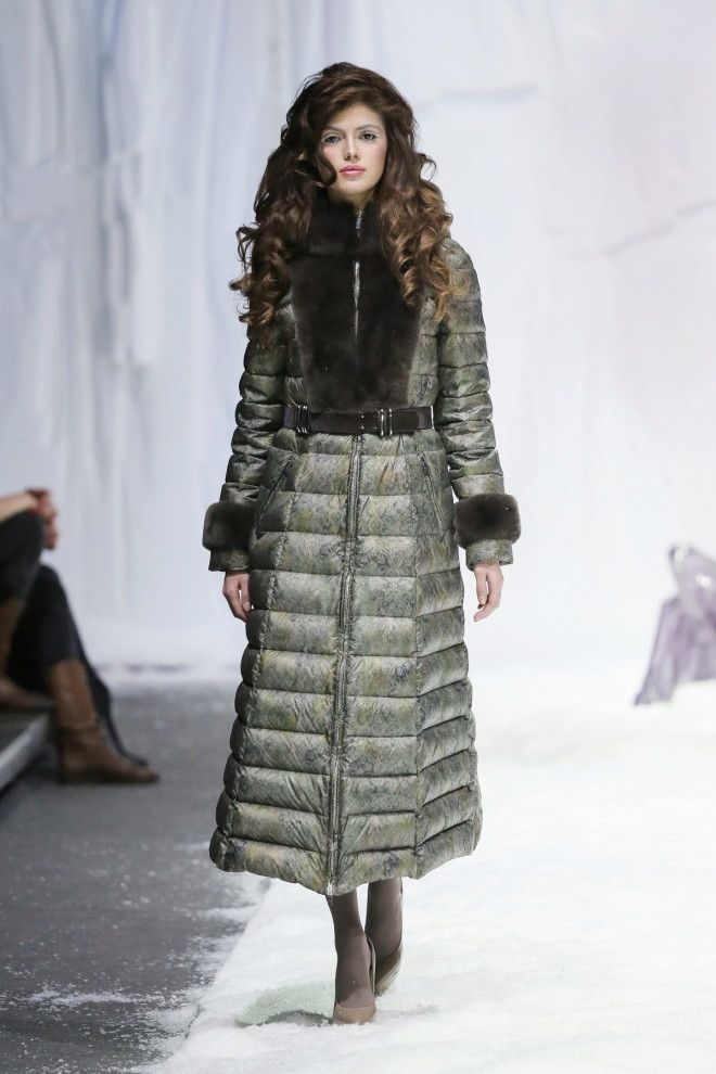 Новая мода на женские пуховики в сезоне осеньзима