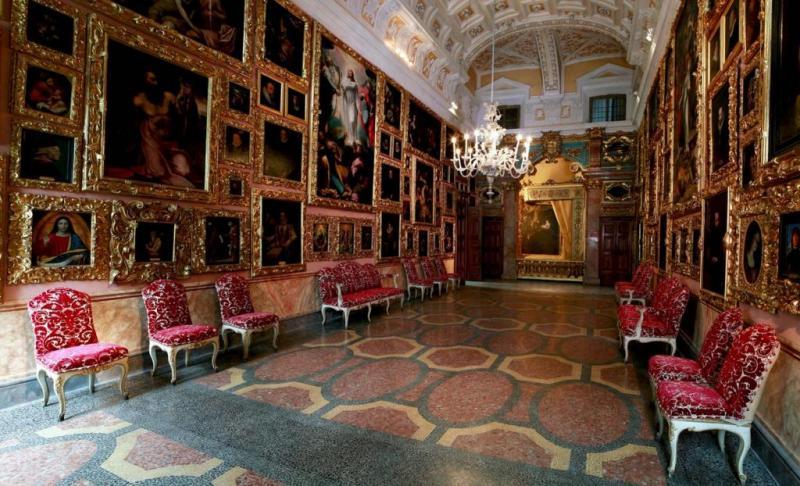 Картинная галерея во дворце Борромео