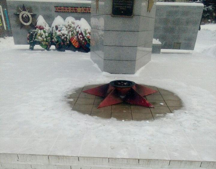 Подростки потушили Вечный огонь в подмосковном Кашире