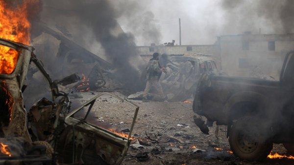 Партизаны в Сирии подорвали колонну джипов ВС США, американцев вынуждают уйти